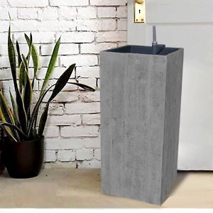 Flower Pot - Recycled Wood in Grey Washed Finish With plastic inserts and water system L33 x W33 x H75 CM A