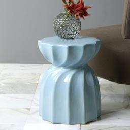 Home Accent Furniture 1