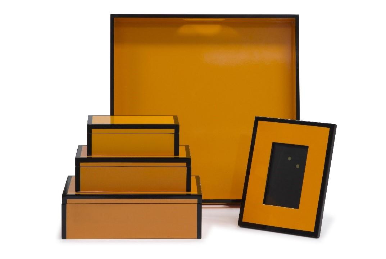 LACQUER Box WITH COLOR RIM 03