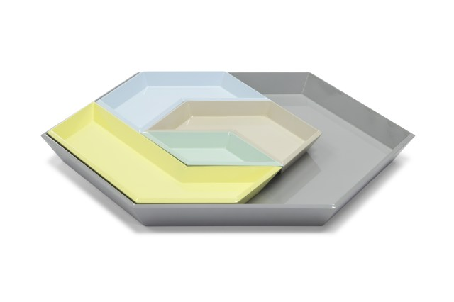 LACQUER HEXAGON TRAY