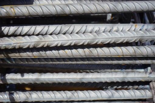 iron_rods_reinforcing_bars_steel_for_construction_building_material_site_steel_house_construction_iron-780242