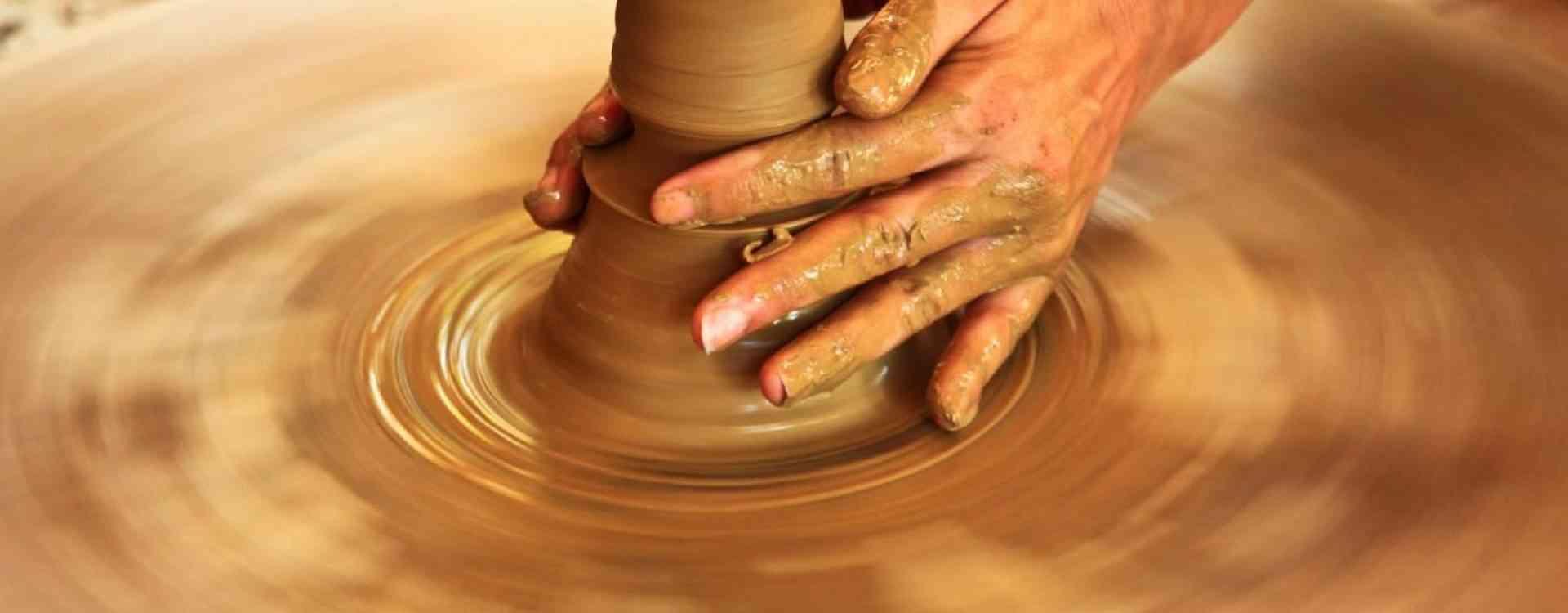 Handicraft pottery 2
