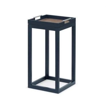 SIDE TABLE – SQUARE SHAPE