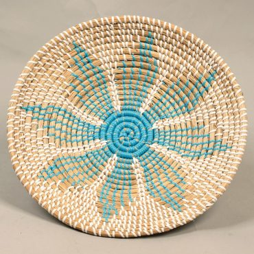 Seagrass tray – blue flower