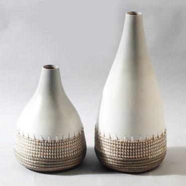 Seagrass & bamboo vase – white & grey