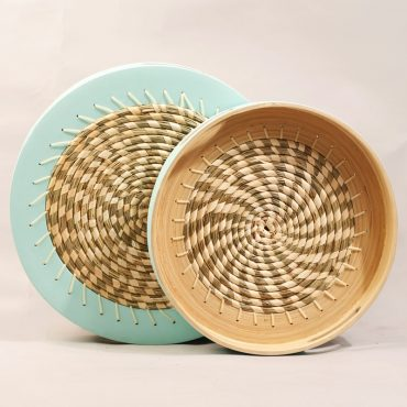 Seagrass & Bamboo Trays – Spiral Design